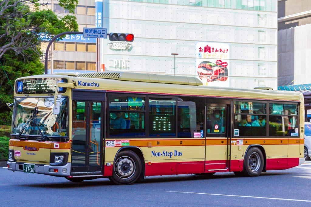【神奈川中央交通】横浜200か4734(な24)