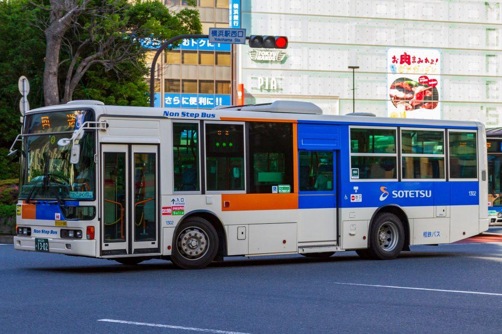 【相鉄バス】横浜230あ1302(1302)