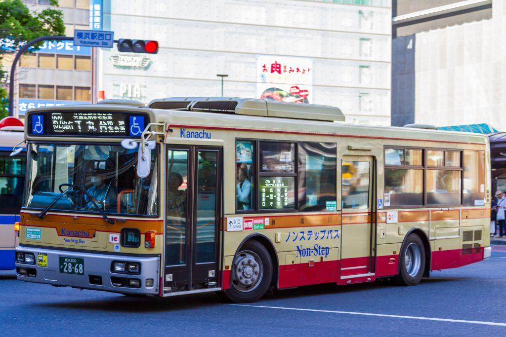 【神奈川中央交通】横浜200か2868(な17)